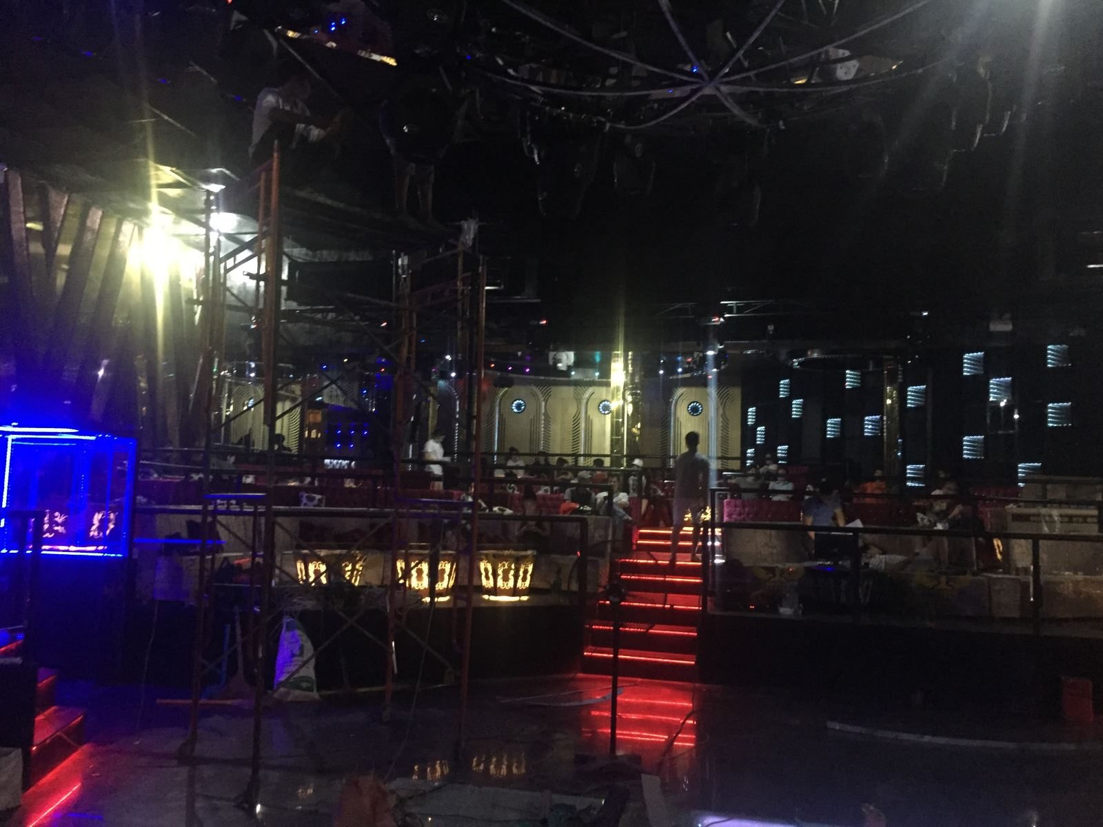 Thi công Bar Club 212 Club - DA 2015 5